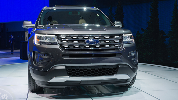 Ford Expedition Negro