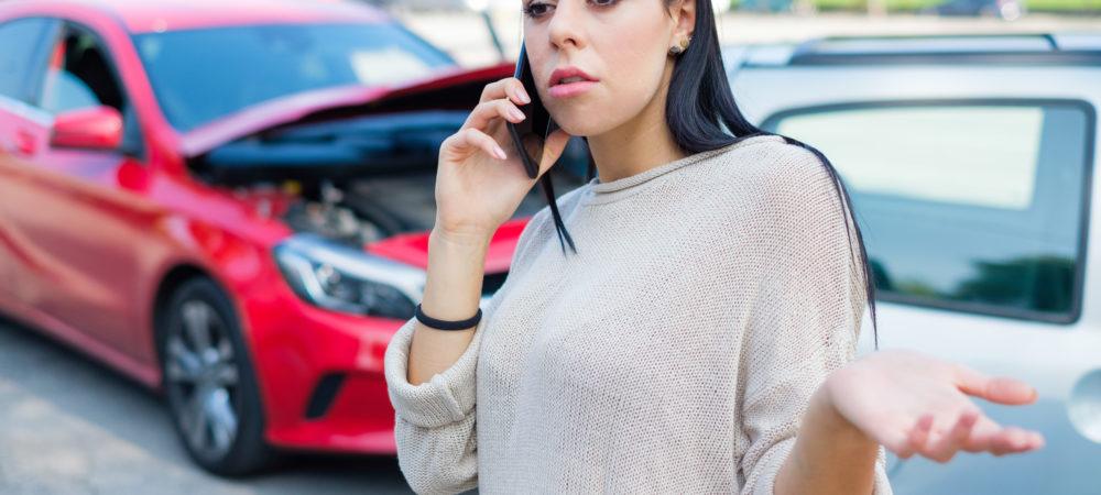 ¿Qué hacer si te choca un conductor sin seguro?